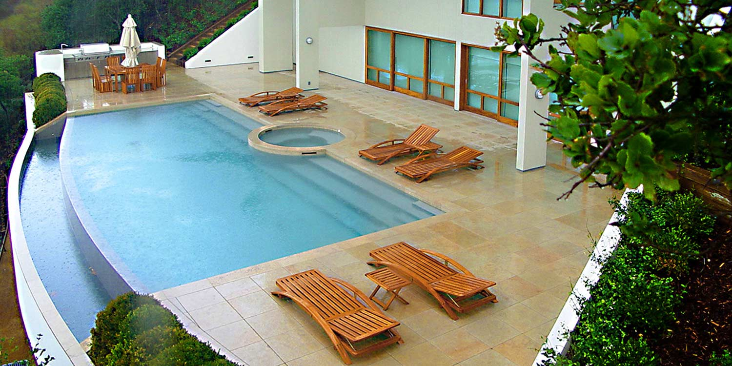 Contemporary-Pool-Patio