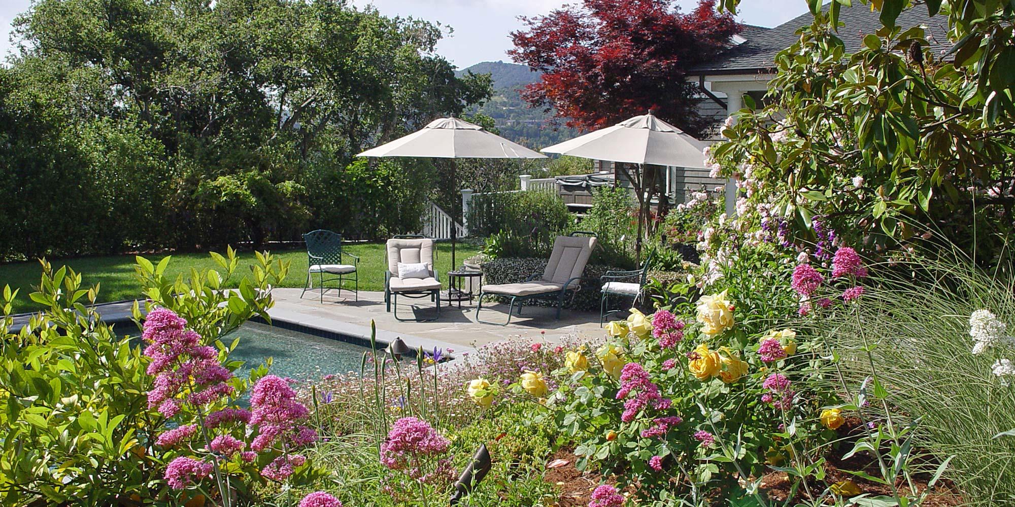 California Style English Garden Simmonds Associates